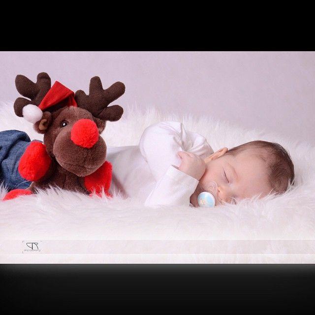 #sleeping #baby #babyphotography #nikon #nikonphotogtaphy #studioshooting #studio #d7000 #instafollow #instaphoto #instacute