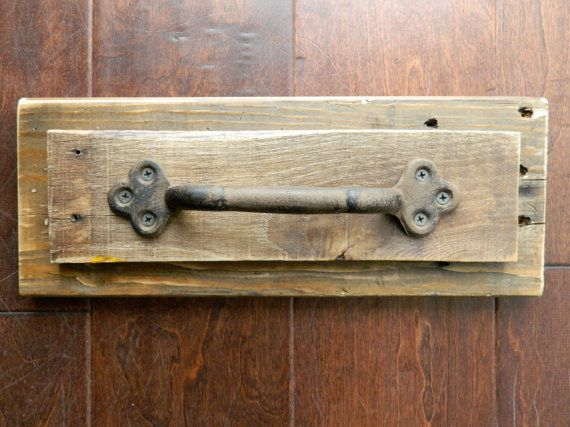 Reclaimed Wood Rustic Towel Bar 5 x 14 by theurbanupcyclers