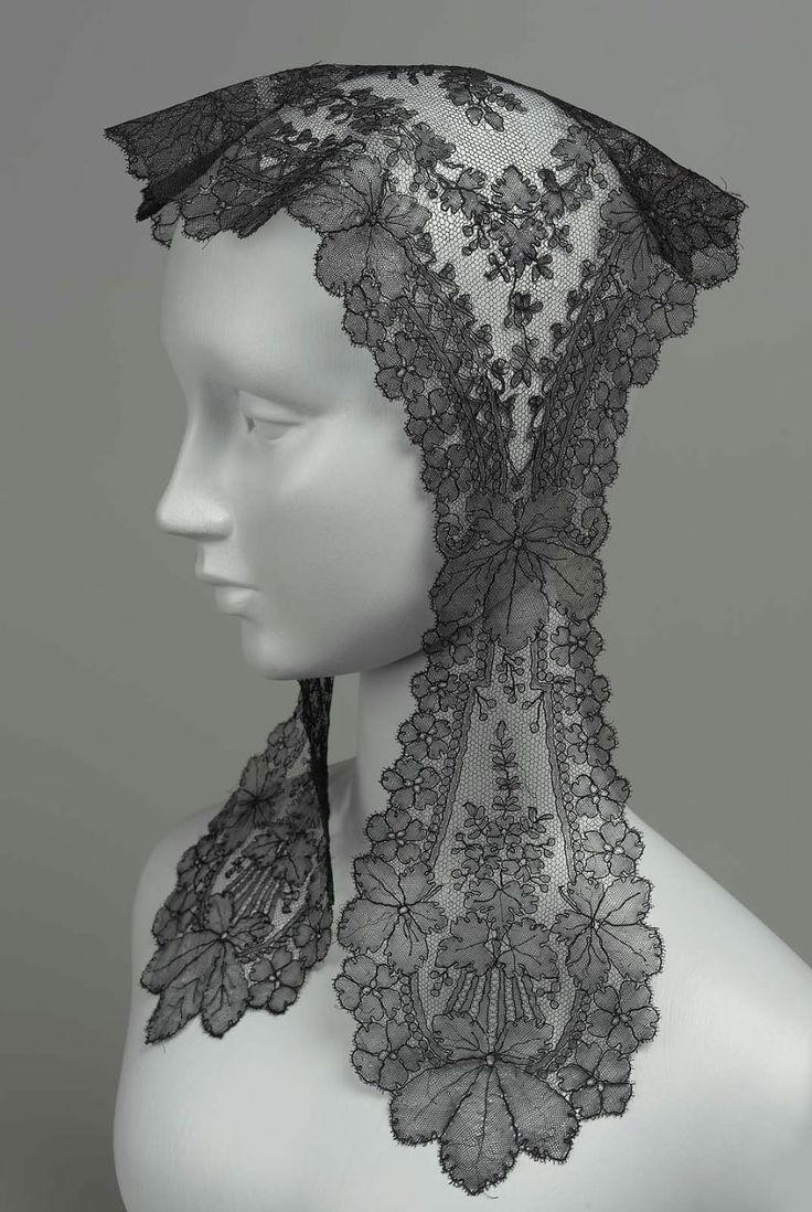 Black Chantilly Lace Flat Cap, French, Mid-19th Century.