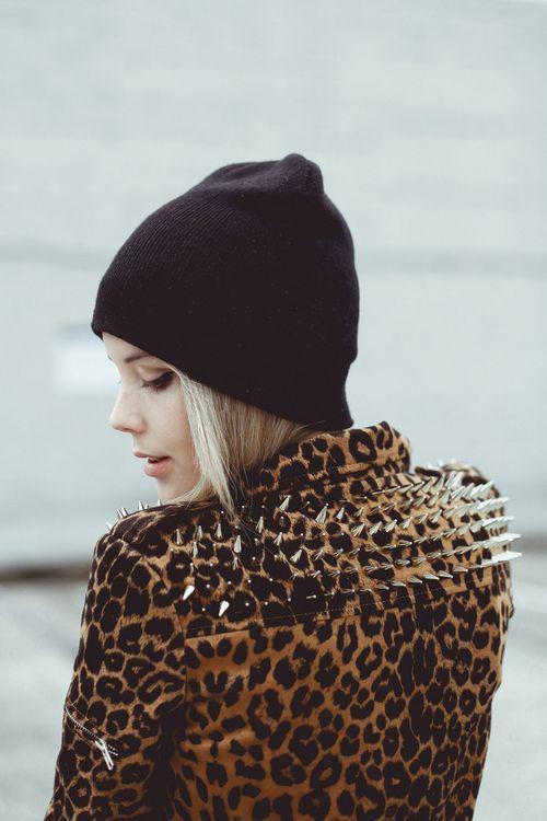 FΛSHION FEVER: Studs, Fashion, Leopard Print, Spikes, Leopards Jackets, Style, Leopardprint, Animal Prints, Leopards Prints