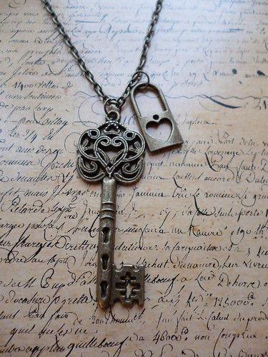 Vintage Bronze Alice in Wonderland Lock and Key Heart Bronze Necklace tattoo