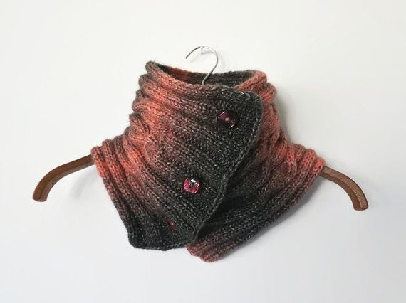 3 BUTTONS COWL SCARF with cables pink gray color by IsettaTricot