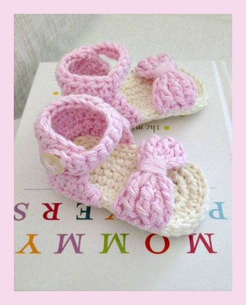 This Lovely Life: Crochet Baby Sandals FREE Pattern
