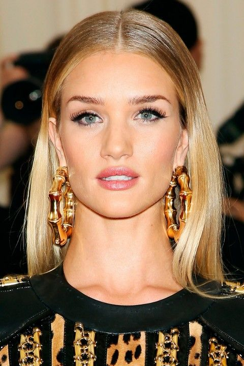 Celebrity Red Carpet Layered Hairstyles With Bangs Long Hair