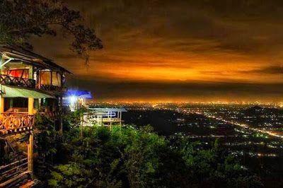 PERGIPEDIA  - Wisata Malam Bukit Bintang Gunung Kidul Yogyakarta . Bukit Bintang  merupakan sebua...