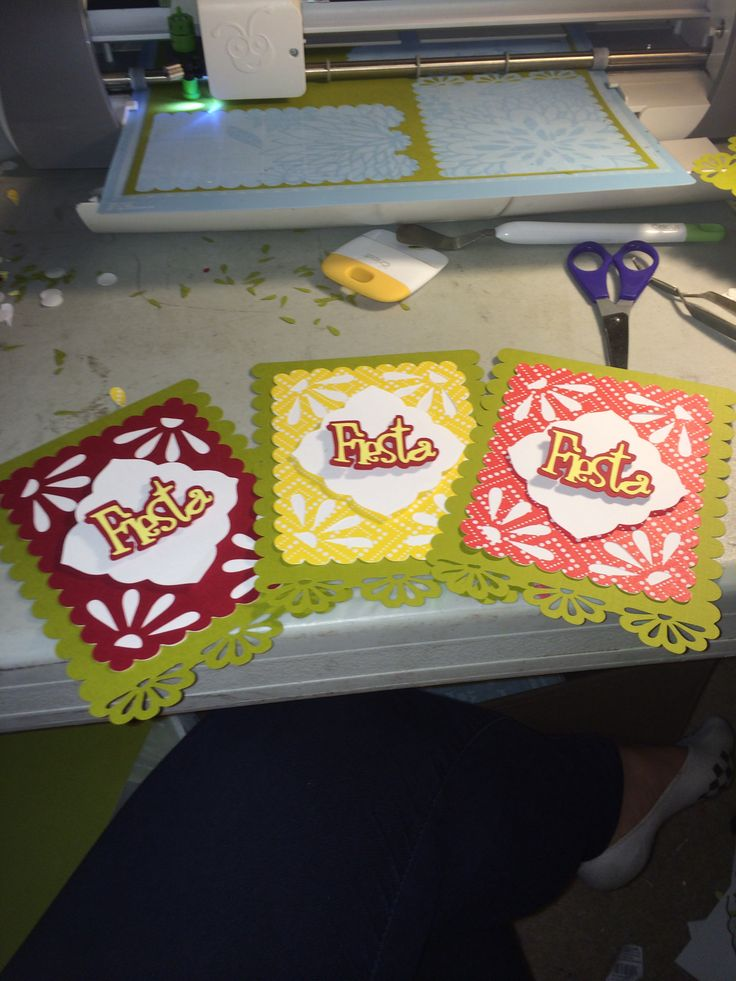 fiesta invites using cricut   just the picture but easy to