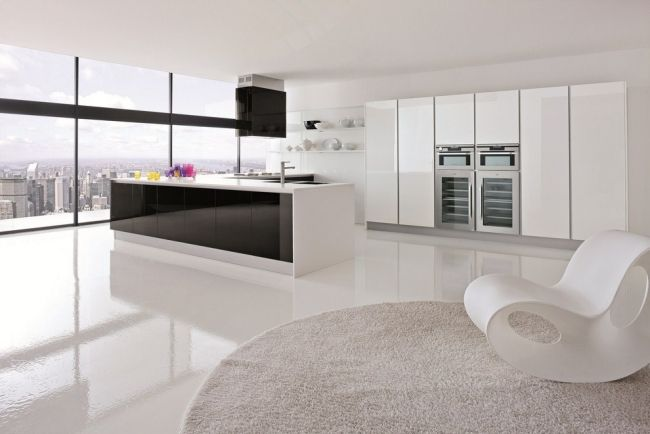 Hochglanz-Küche-Weiss-schwarze-kücheninselfront-abzugshaubejpg - küchenzeile hochglanz weiß