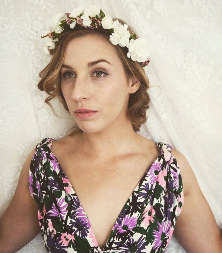 1000 Ideas About Flower Crown Hair On Pinterest: 17 Best Ideas About Flower Crown Hairstyle On Pinterest