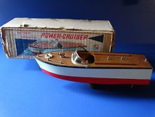 Vintage GW Battery Operated Power Cruiser Speed Boat Wood Water Japan Model Toy