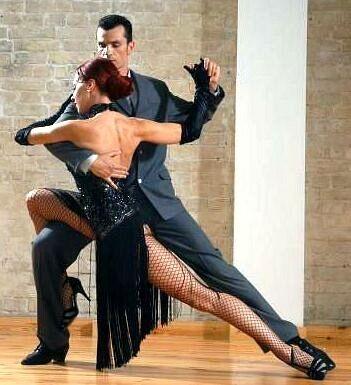 Argentine Tango BAILE ELEGANTE,SENSUAL, Y TÍPICAMENTE ARGENTINO