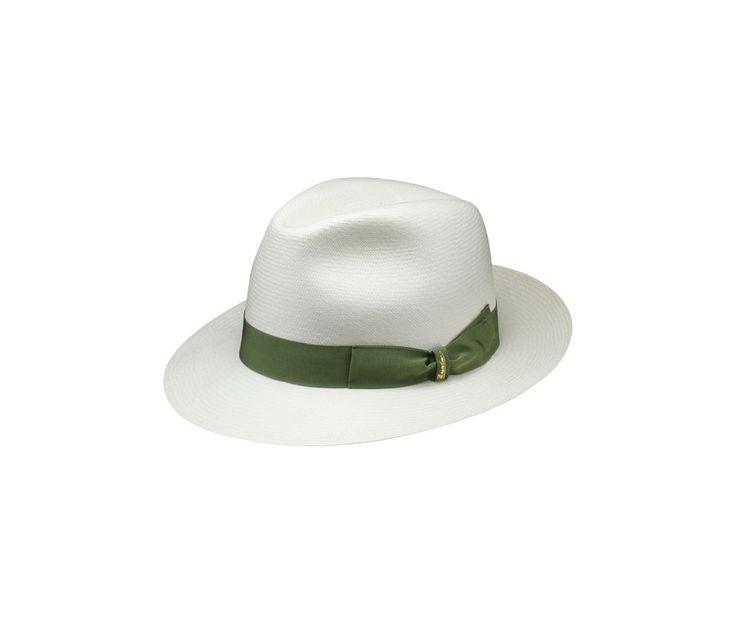 Thin Panama straw hat. Product code: 140338 Shop it here: http://shop.borsalino.com/en/mans-collection/springsummer/straw-hats/straw-hats-22.html