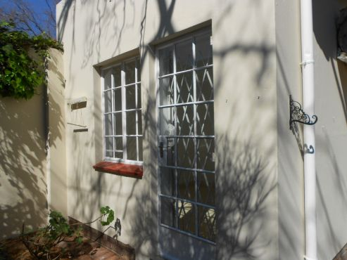 Cottage To Let In The Middle Of Waterkloof - Walk To Shops.. | Pretoria East | Garden Flat | 67636720 | Junk Mail Classifieds
