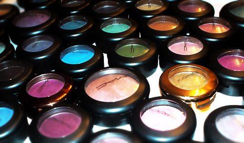 MAC: Makeup Cases, Favorite Things, Mac Makeup, Eye Colors, Mac Cosmetic, Mac Eye Shadows, Makeup Drawers, Mac Eyeshadows, Heavens