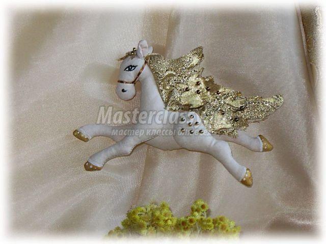мастер класс по пошиву и изготовлению китайской лошади