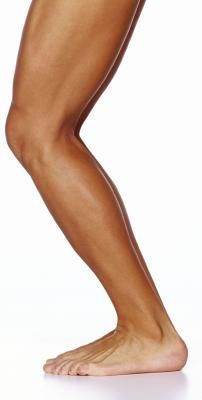 How to tone legs and lose fat. Great tips and easy ways to workout and eat healthier.