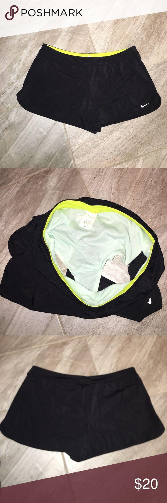 NIKE DRI FIT SHORTS NIKE DRI FIT SHORTS Built in underwear. super cute Sz MED Nike Shorts Skorts