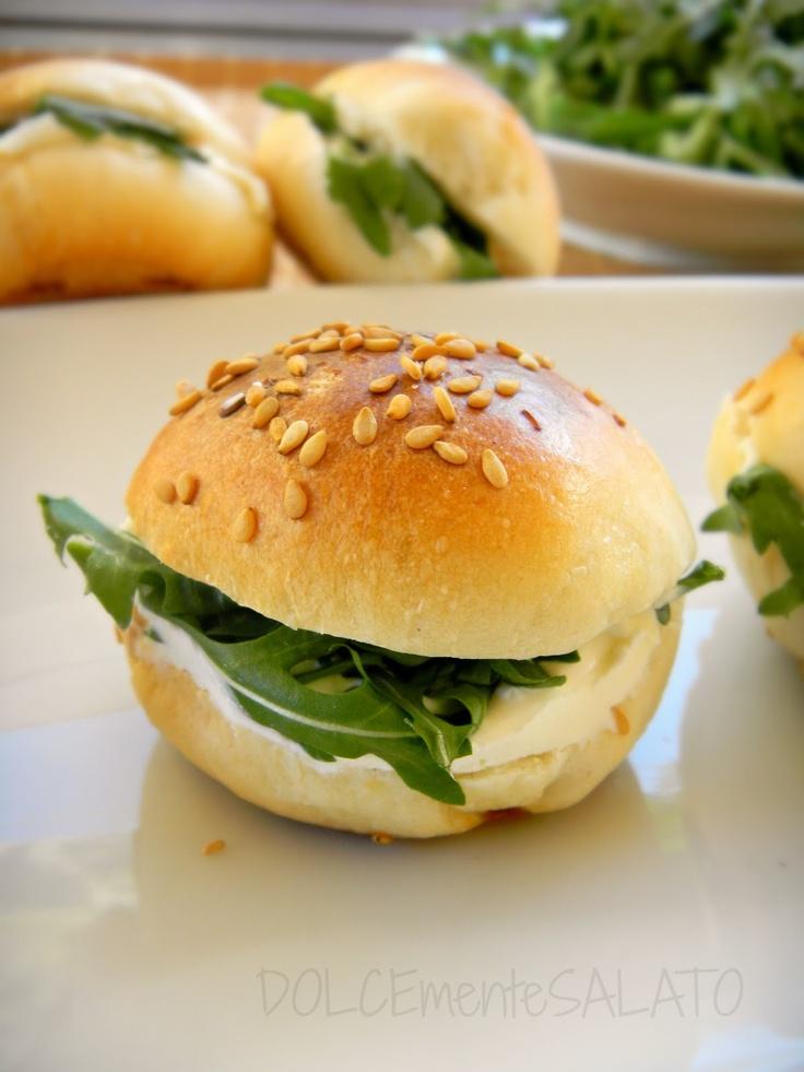 Mini panini e cornettini da buffet