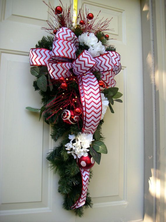 808 best christmas swags garlands images on pinterest for Christmas swags and garlands to make