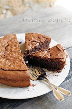 Gâteau au chocolat. Plus de recettes à base de chocolat ici : www.enviedebienmanger.fr/recettes/chocolat