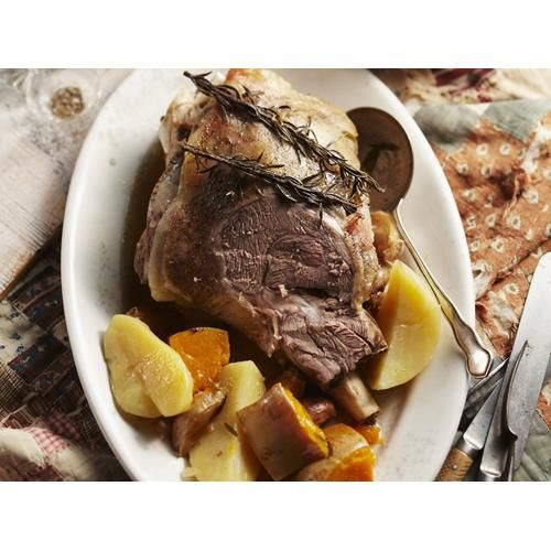 Camp oven lamb roast with vegetables recipe.