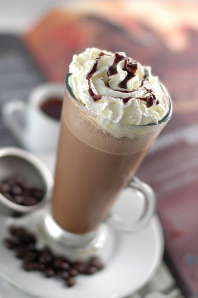 4 Perfect Frosty Cool Coffee Drinks for Spring