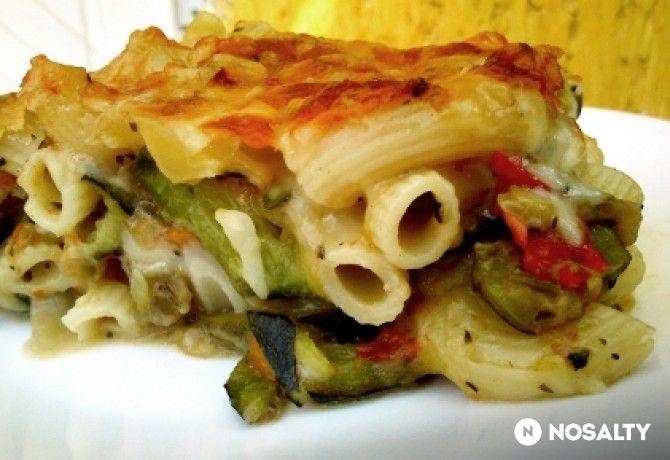 Sajtos-zöldséges rakott tészta
