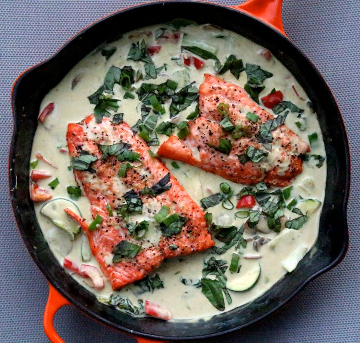 Thai Coconut Green Curry Salmon, paleo, whole 30, healthy dinner!