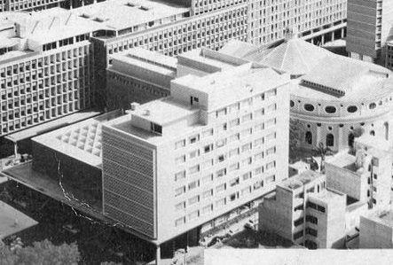 • Se termina la construcción y se inaugura el Edificio Sede de la Dirección de Extranjeria DIEX,  ubicado sobre la Av. Norte 6 (hoy Av. Baralt), en Caracas, diseñado por los arquitectos Oscar Carpio y Guillermo Suarez.