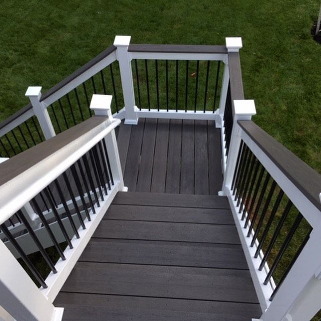 We Love The Perfect Contrast Of Light And Dark In This Custom Deck And Staircase By Sundecks Ta On Instagram They U Deck Colors Patio Deck Designs Deck Steps