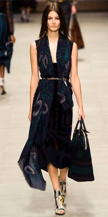 burberry dresses outlet azgw  Runway Looks We Love: Burberry Prorsum