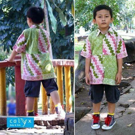 "Calyx ""Arsa"" batik shirt, for boys. Made of Tasik batik fabric."