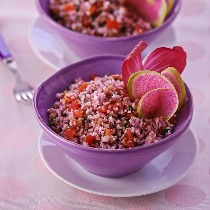 Découvrez la recette Taboulé de chou-fleur violet sur cuisineactuelle.fr.
