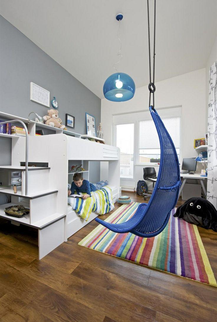Patrová postel (Bibop) je chytrým řešením, jak ušetřit cennou plochu místnosti pro další aktivity. Závěsná houpačka je během dne příjemným z...