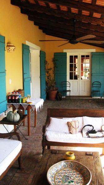 tipicas casas de campo en las zonas rurales de  Buenos Aires, Argentina. Estancias argentinas