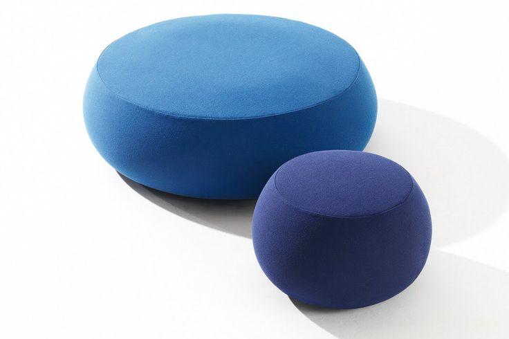Arper Pix. Een serie van poefs verkrijgbaar in diverse kleuren en stoffen. Arper Pix kan als een-, drie- of vijfzits poef worden geleverd. http://www.deprojectinrichter.com/arper/