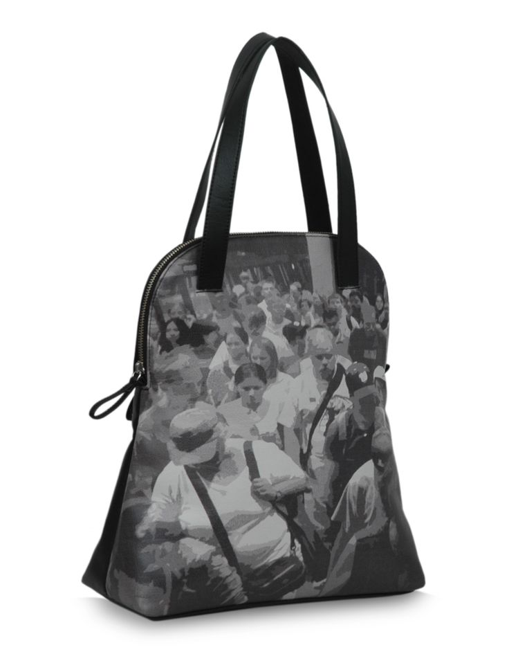 Shaun Cruise Black - A black tote sporting a unique picture graphic print from Baggit. http://www.baggit.com/