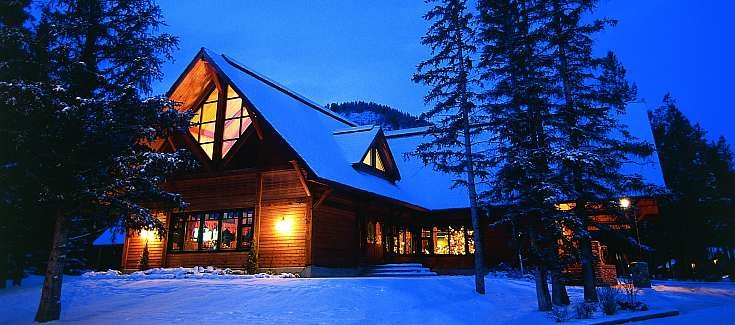 buffalo mountain lodge:banff:canada