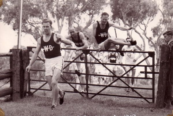 Adelaide's Western Districts athletes compete in a 10km teams cross country event in a 1949