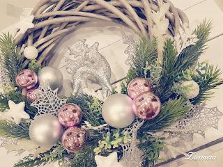 Handmade by Alex: Lovely pink Christmas wreath