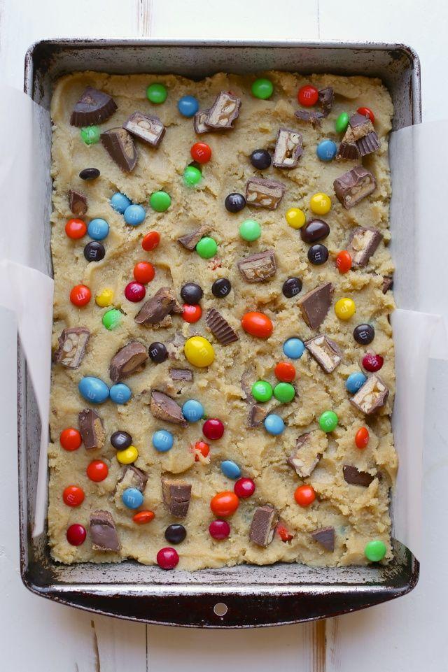 Candy Bar Cookie Bars / joy the baker