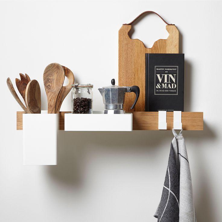 Flex-sarjan koukut voidaan helposti yhdistää muiden sarjan tuotteiden kanssa, näin saat luotua uniikit hyllyt ja säilytystilat. Vain mielikuvituksesi on rajana kun asettelet tuotteita keittiöön, kylpyhuoneeseen tai eteiseen.