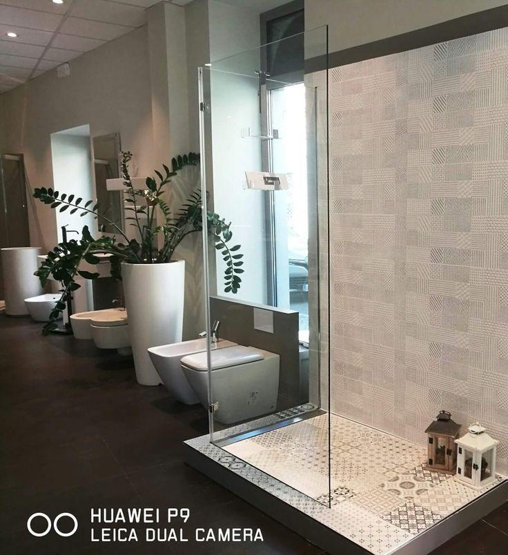 Oltre 25 fantastiche idee su piastrelle per doccia su pinterest bagno con doccia e vano doccia - Piatto doccia piastrelle ...