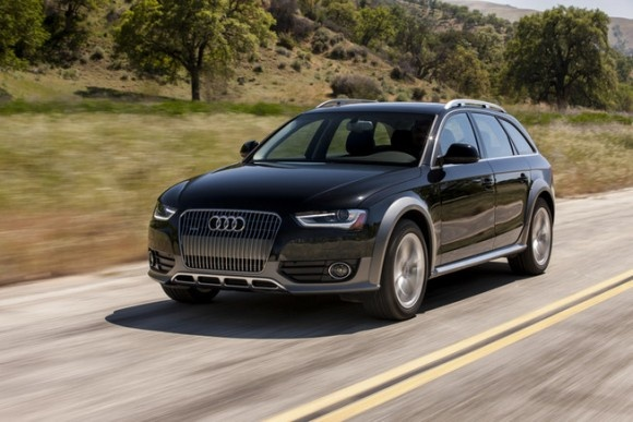 2013 Audi allroad 2.0T Premium quattro Tiptronic is equipped with a standard 2.0-liter, I4, 211-horsepower engine that achieves 20-mpg in the city and 27-mpg on the highway. A 8-speed automatic transmission with overdrive is standard.