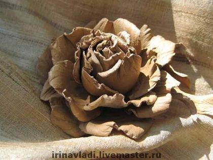 """Брошь (заколка) """"ИНДИЙСКИЙ ТУССОР"""". Натуральная кожа. - роза,роза из кожи"""