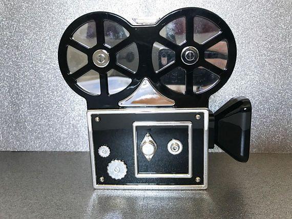the vintage filmcamera clutch