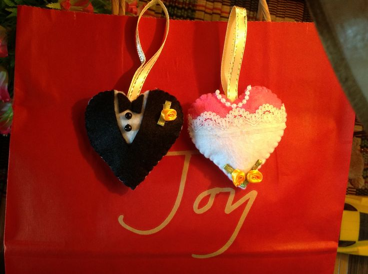 Door gifts wedding hearts jenn 39 s handmade felt craft for Idea for door gift