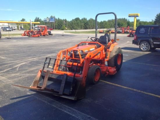 2003 Kubota B2910HSD Tractor For Sale