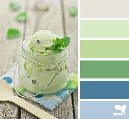 Something about this color coordination is sweet, calming, and serenely coastal | design-seeds.com