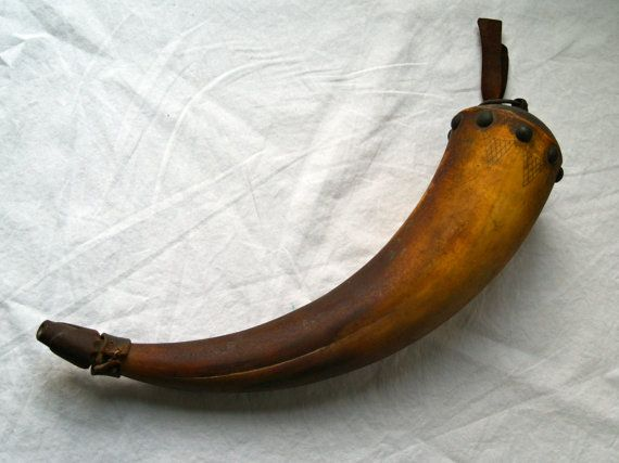 Powder Horn with Scrimshaw Accents