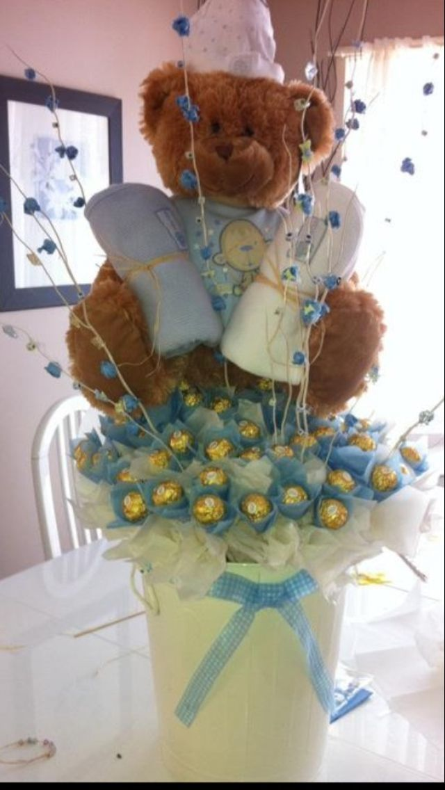 Ferrero Rocher decorado con osito ... | Christening ...